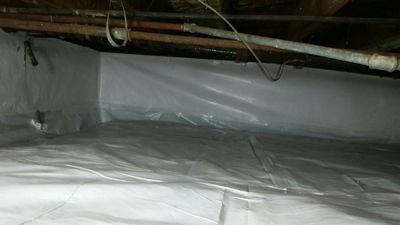 CleanSpace encapsulation protects the basement against water, vapor, insects and gasses.