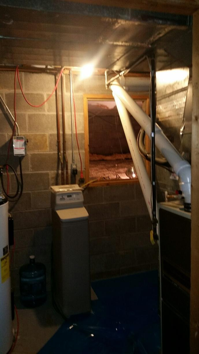 The open entrance to the crawlspace allows for moisture to enter the rest of the home.