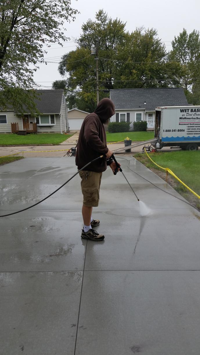 It is important that the concrete is cleaned and prepped for the sealing process.
