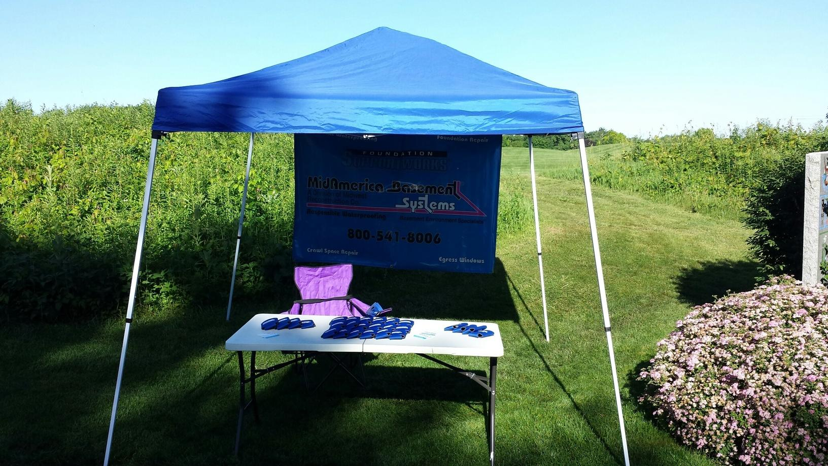 What a beautiful day for a golf outing! This is MidAmerica Basement System's hospitality tent at Glynn's Creek.