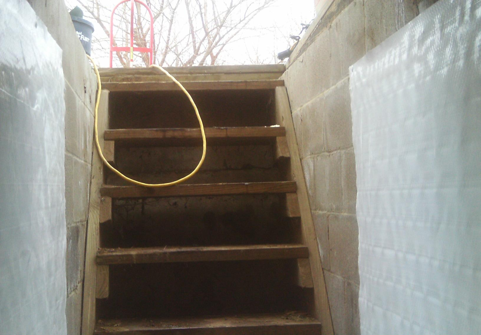 An outside entrance into the crawl space is not just easy access for the homeowner but for water as well.