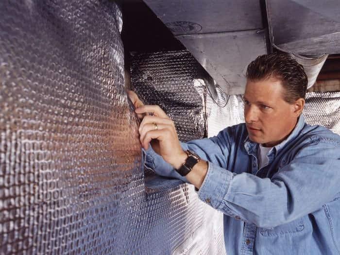 install-radiant-vapor-barrier-wall-03lg
